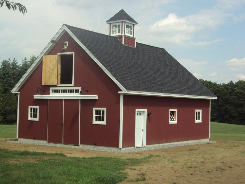American barns for your horses cool shed deisgn for Horse barn materials