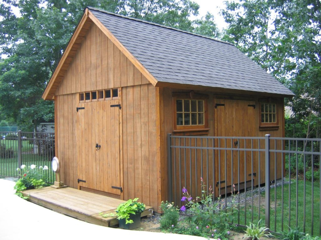 Building storage shed in your backyard a big do it yourself building shed solutioingenieria Gallery