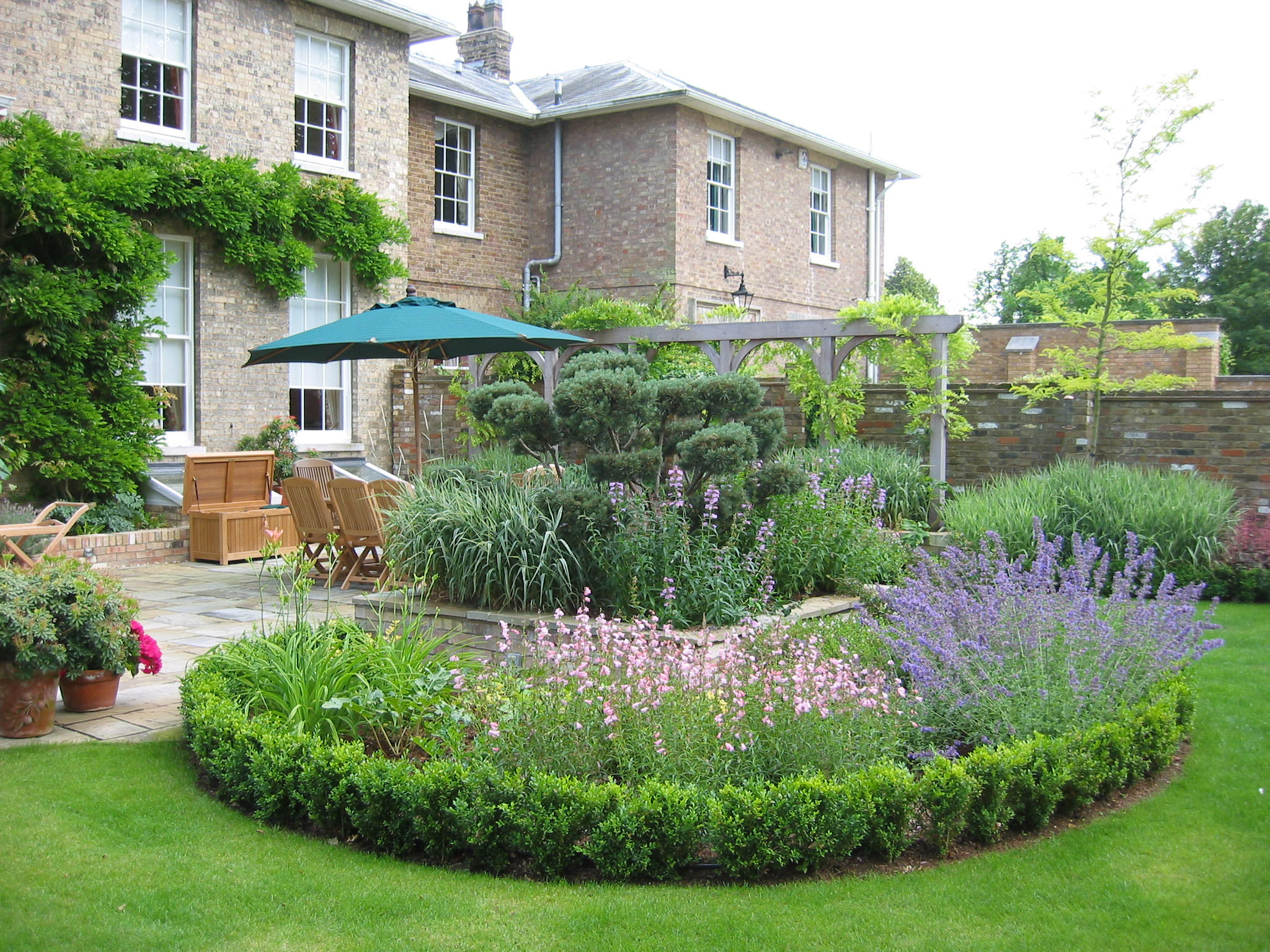 Best landscape designs to have a beautiful garden cool for Garden building design ideas