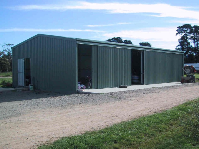 Design and build your own farm shed cool shed deisgn for Farm shed ideas