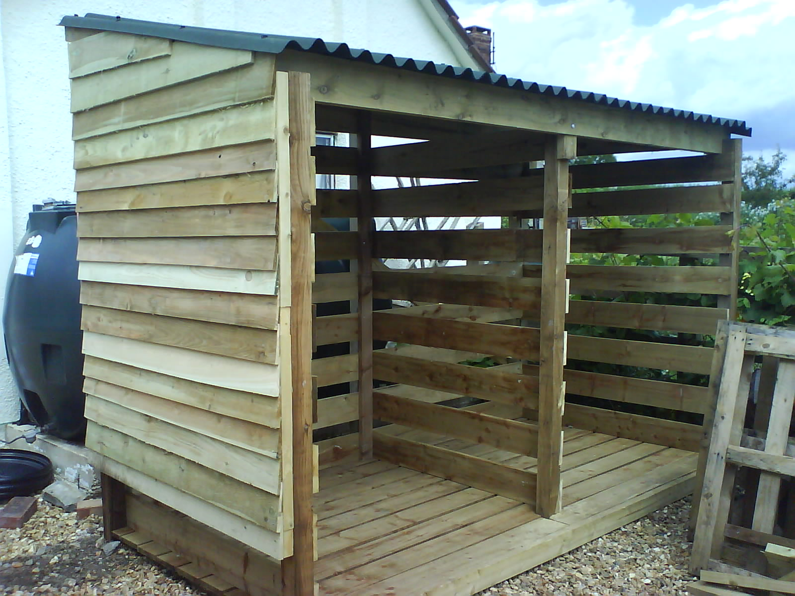 How to make a shed out of logs goehs Design shed