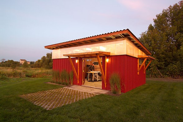 Modern shed roof homes