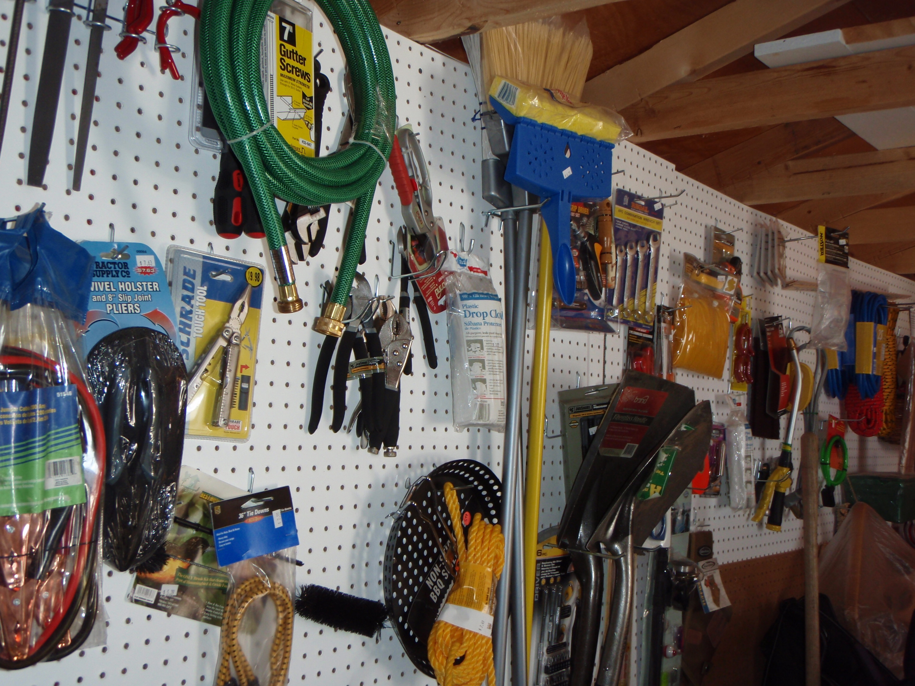 The Modern Compact Tool Shed