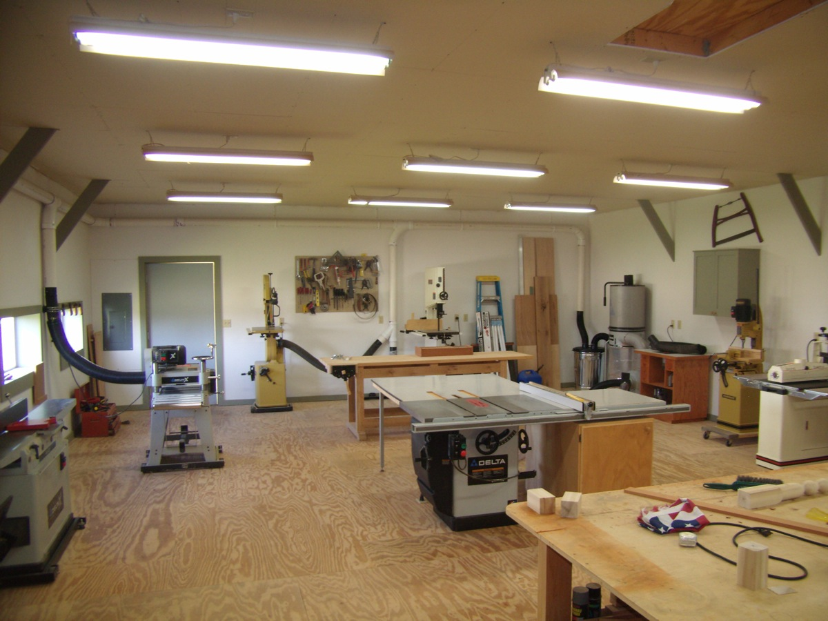 Woodworking garage workshop layout designs PDF Free Download