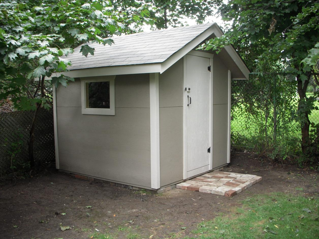 Backyard shed designs that you can build to compliment for Shed design plans
